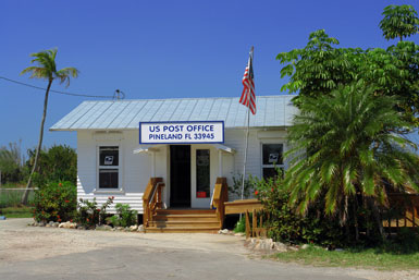 Pineland Post Office